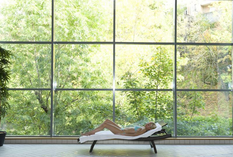 royat centre royatonic bains spa bienfaits pour nous. Black Bedroom Furniture Sets. Home Design Ideas